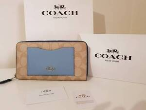 NEW AUTHENTIC COACH ACCORDION ZIP WALLET IN COLORBLOCK SIGNATURE Cannington Canning Area Preview