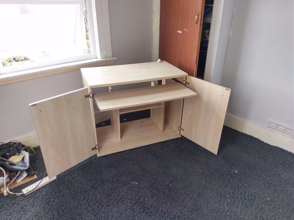 Hidden computer table desk with pull out keyboard tray wooden beach