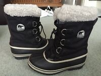 Kids / Women's Ski Snow Boots Size 4 Sorel Worn for 4 days only