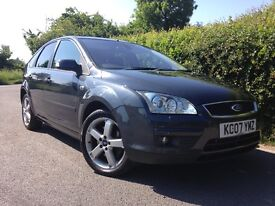 FORD FOCUS 2.0 ZENONS, COLD AC, PARKING SENSORS SERVICE HISTORY
