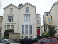 Top Floor Bedsit - Hampton Rd - Inc Ct and Water - P/Furn