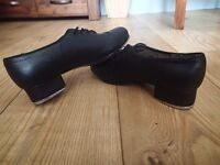 Pair of black Bloch tap shoes, size 7 1/2 - very good condition