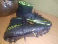 Boys leather footy boots