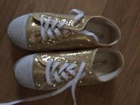 Gold glitter pumps size 5