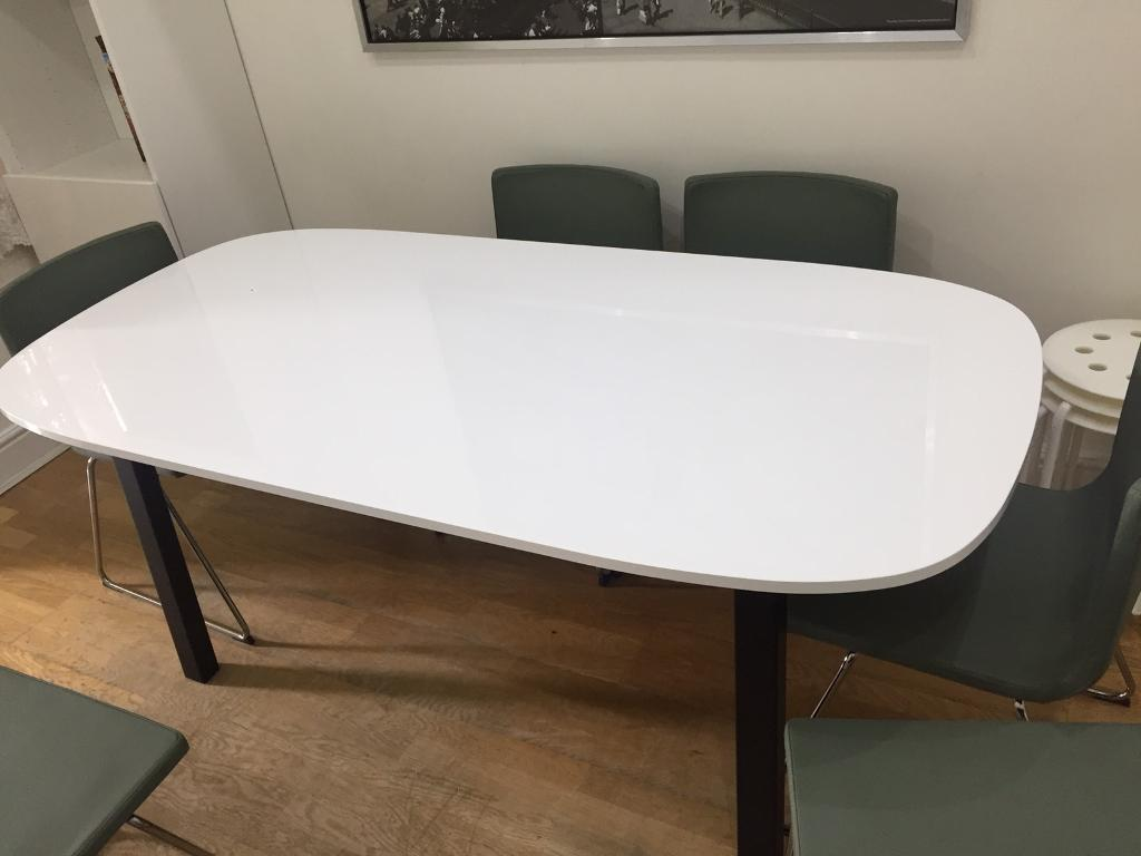 Brand new ikea dining table oppeby table top vastana for Table 4 personnes ikea