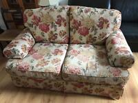 Lovely quality 2 & 3 seater floral sofa