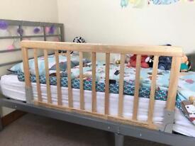 BabyDan Bed Guard Rail - Natural wood