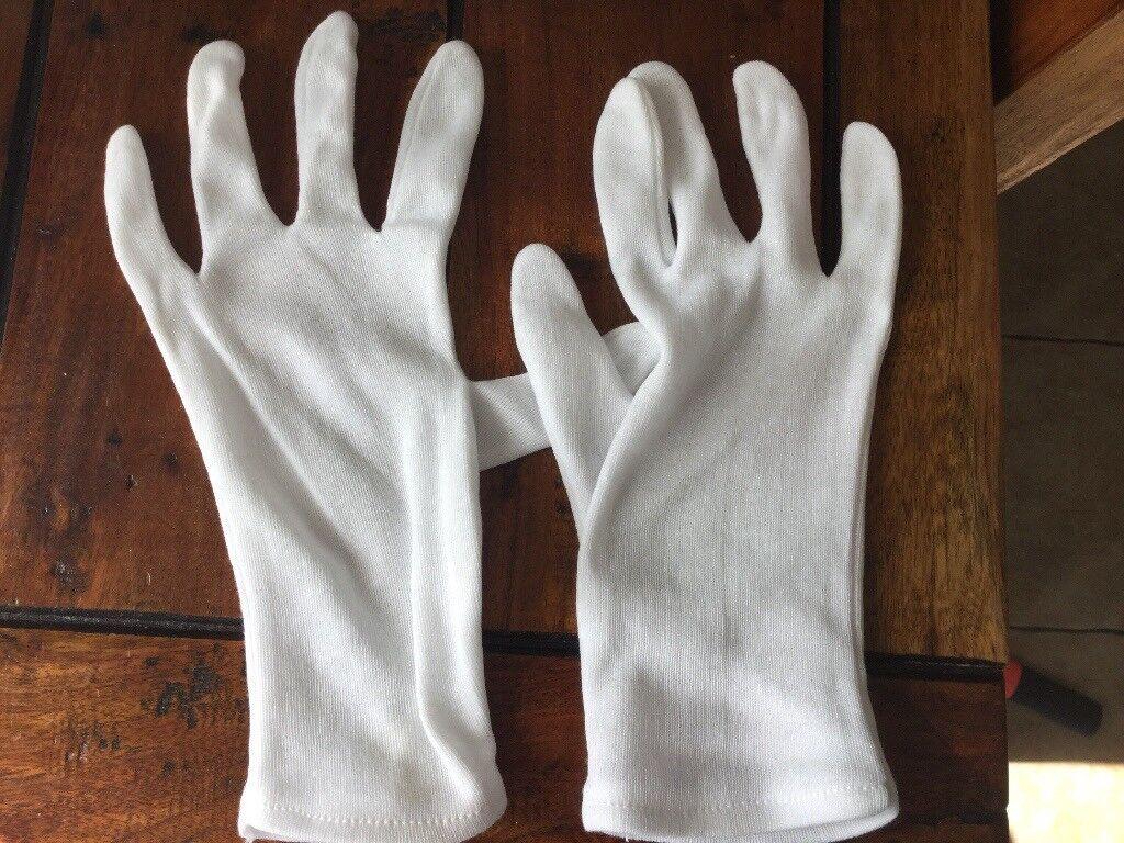 Inners for cricket gloves