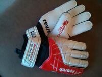 REUSCH Junior Goalkeeper Gloves