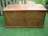 Vintage stripped pine blanket box/coffee table