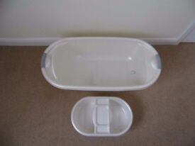 Mothercare baby bath with top n tail bowl, both in excellent clean condition. PRICE REDUCED