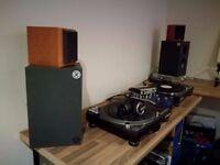 FULL SET UP - Decks, Mixer, Speakers, Amps, Aeadphones, Traktor, Audio Interface, Midi Controller