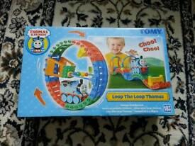 Tomy loop loop train