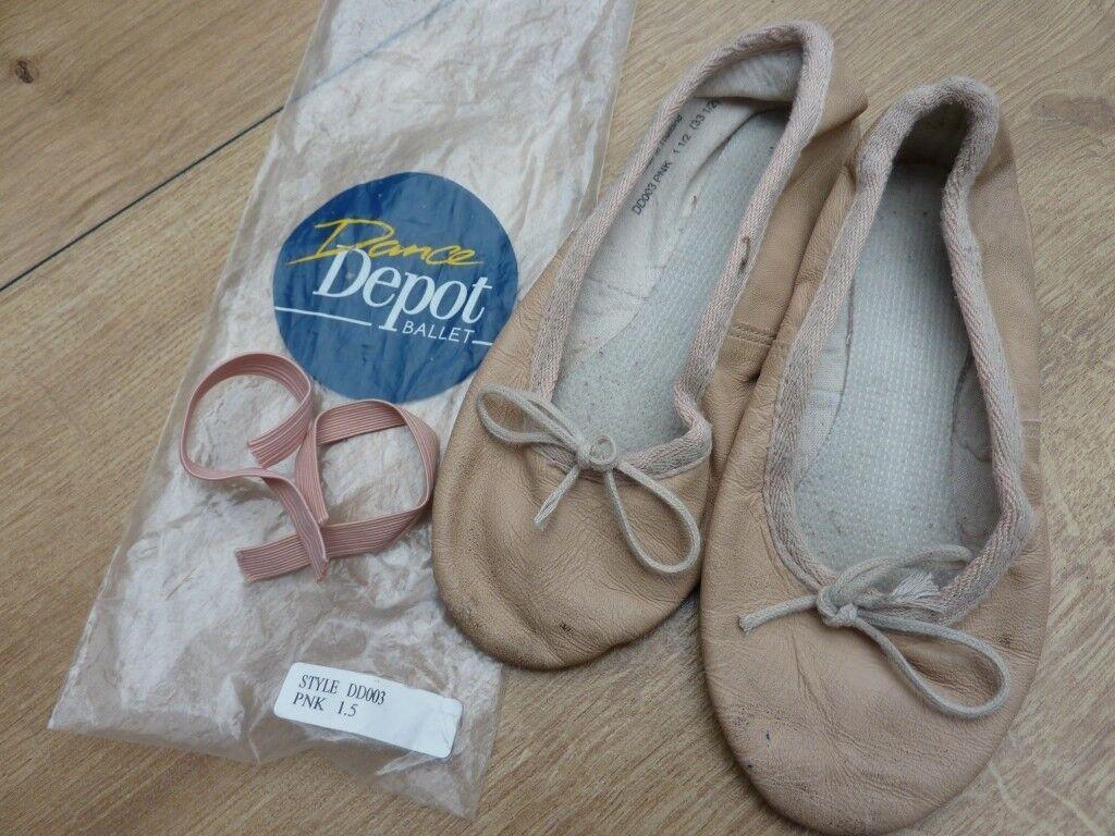 Children's ballet shoes, leather, size 1.5 (33.5)
