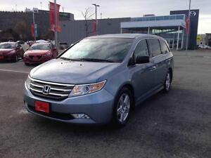 2011 Honda Odyssey TOURING ED...NAV..WIDESCREEN ENTERTAINMENT SY