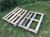 2 pallets / crates for free
