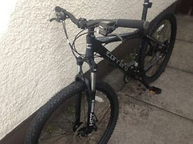 Carrera vengeance, new condition, only ridden twice. Disc brakes, hardtail, 27.5 wheel, 24 gears.
