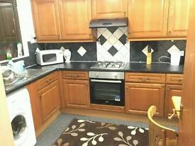 Nice double room available in Finsbury park just 130 Pw no fees 2 weeks deposit