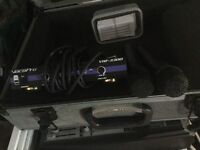 Pair cordlesss mic with steel case