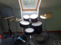Yamaha Rydeen drum kit with music stand, drum sticks and jazz brushes