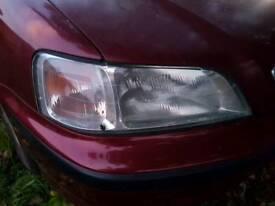 Honda civic 2000 mb front headlights