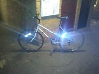 Ladies BARGAIN Hybrid Bike full working condition
