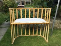 Bedside crib / cot
