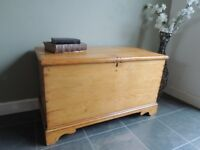 LOVELY-OLD STRIPPED ANTIQUE SOLID PINE VICTORIAN CHEST BLANKET BOX