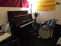 Rehearsal studio with Yamaha B1 upright piano for songwriters / musicians / producers from £60/month