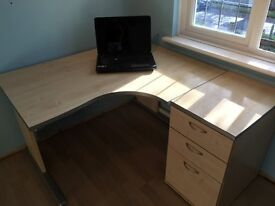 Office desk and pedestal in maple, fits bedroom or home office