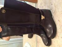 Girls boots for fall size 32 and 33 never worn!