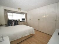 Spacious Three Bedroom Semi Detached House to rent in Nethercourt Avenue, London