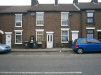 2 Bedroom Terraced House II High Town, Luton, RoundGreen Area LU2