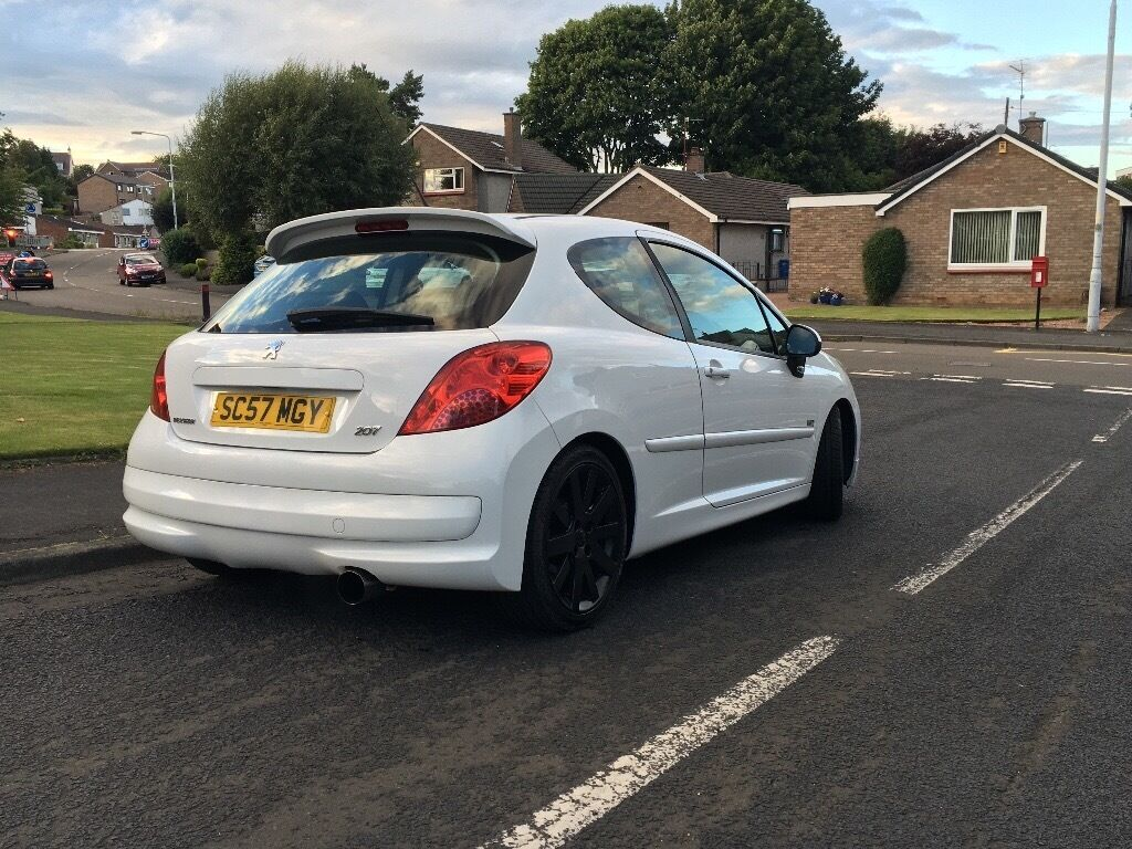peugeot 207 1 6 turbo xs sport thp white clio corsa fiesta focus a3 in dunfermline fife. Black Bedroom Furniture Sets. Home Design Ideas