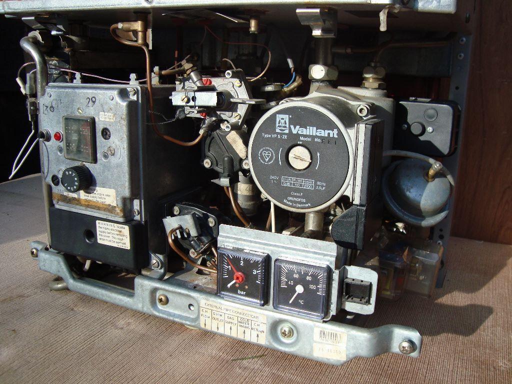 Vaillant Combi Boiler Model Vcw Gb 242 Eh In Henley In