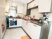 Lovely 1 Double Bedroom Flat located within close distance to Finsbury Park & Archway Tube Stations