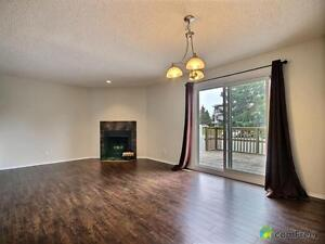 $244,500 - Townhouse for sale in Edmonton - West Edmonton Edmonton Area image 2