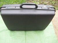 Lock and Two Keys Samonsite Black Plastic Hard Shell Suitcase