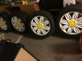 16 inch White Dasiy Alloys and Tyre