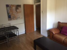 1 Bedroom Fully Furnished Apartment / Flat Sefton Park L17
