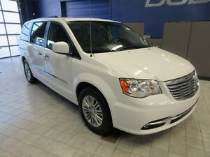 2016 Chrysler Town & Country TOURING w/LEATHER/DVD/SUNROOF