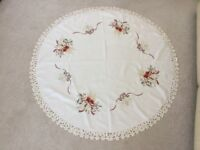 Beautiful Round Xmas Linen Table Cloth