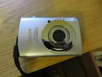 Canon Ixus 860 IS - Digital Camera