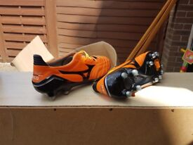 Never worn size 7 football boots