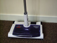 Bissell cordless sweeper in excellent condition.