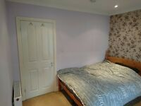 Big double bedroom close to Kettering centre