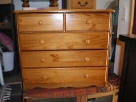 SOLID PINE FIVE DRAWER CHEST OF DRAWERS
