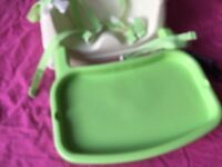Fisher Price Rainforest FOLDING PORTABLE BOOSTER SEAT/CHAIR