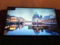 Brand New LG 65 inch 4K Smart TV UHD HDR WiFi Cracked Top Left