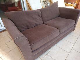 Free sofa. Hollywood/Wythall area.